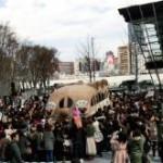 大阪でダッフィーバスを見た!