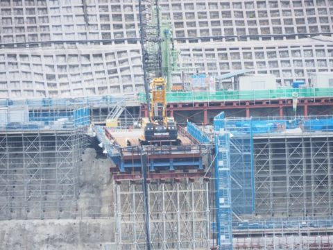 ED 12-200mm+安威川ダム
